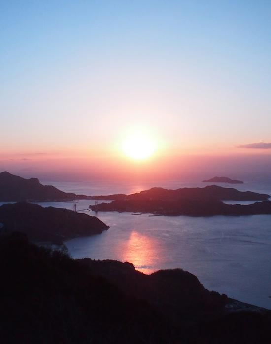 瀬戸内海 岩城島の朝日