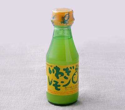 岩城島のレモン搾り