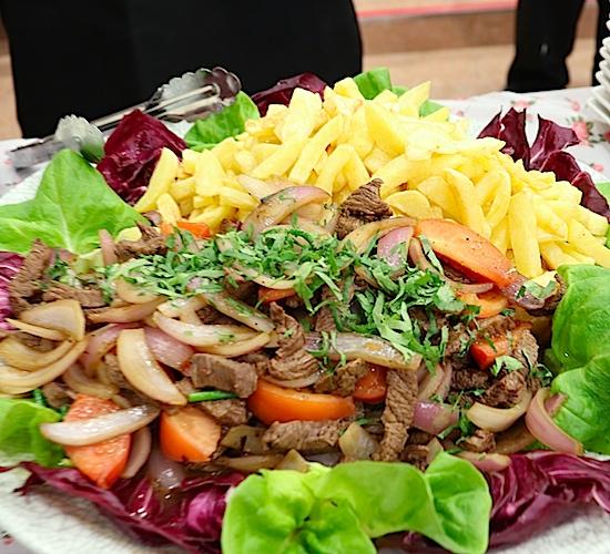 ペルー料理「ロモ・サルタード」
